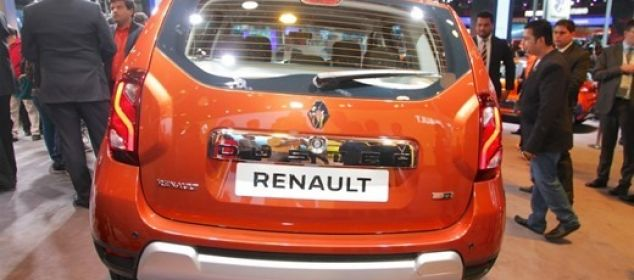 Renault-Duster-facelift-2016-back_thumb.jpg